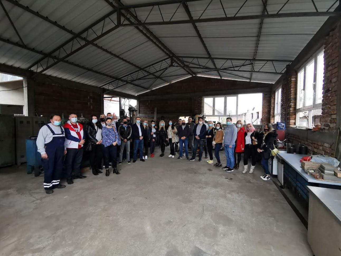 Read more about the article Студијска посета привредницима из Расинског округа