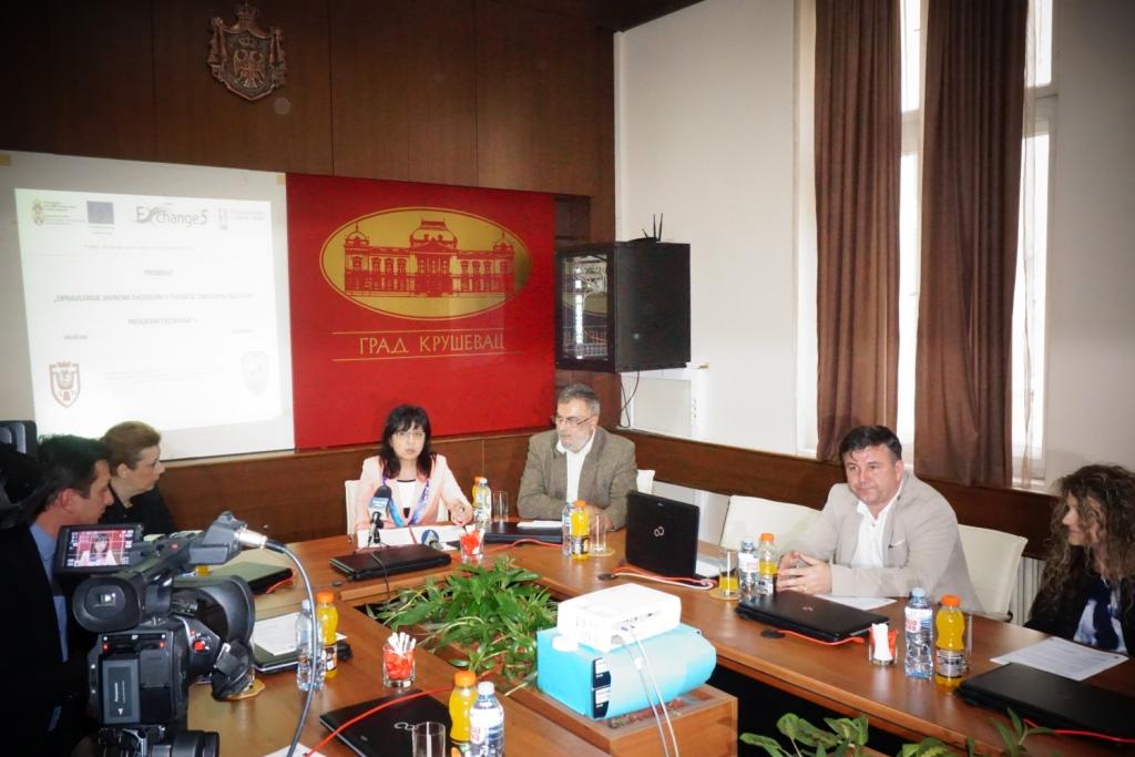 """Read more about the article Одржана конференција за медије  пројекта """"Управљање јавном својином у функцији локалног развоја""""."""